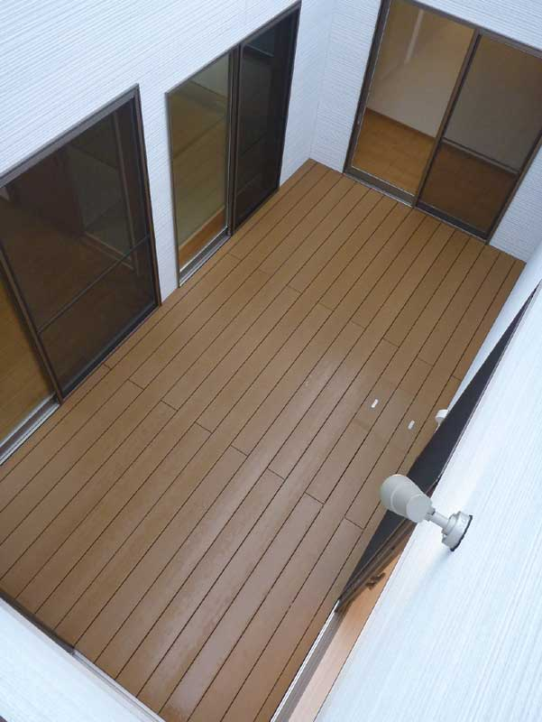 20 Timber Decking Designs That Can Append Beauty Of Your: あんしん住宅-施工例 中庭にウッドデッキのある家完成